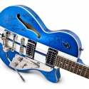 Duesenberg Guitars, signed by the Tom Petty Band and auctioned off at the Breeders Cup®